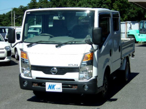 日産 アトラストラック WキャブフルスーパーローDX 6人乗り バックカメラ AT車 キーレス リアヒーター付 フォグランプ 最大積載量1250kg