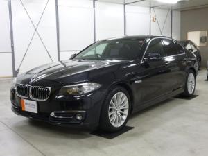 BMW 5シリーズ 523iラグジュアリー Dアシストプラス メモリ機能付ブラック本革シート&ヒート機能 走行中TV ユーザー様買取り車
