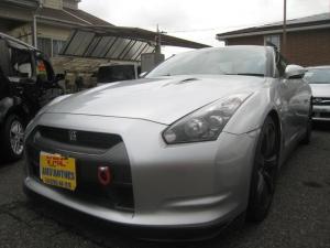 日産 GT-R ベースグレード