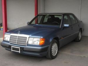 メルセデス・ベンツ Eクラス E230 91年式 左ハンドルAT 前期モデル