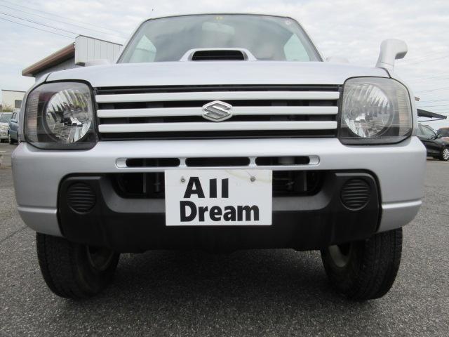 当社の支払総額は整備や税金など全て含まれております。 人気のジムニー TCターボ 4WD 背面タイヤ 走りの5速 走行3.2万