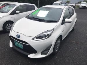 トヨタ アクア S インテリジェントクリアランスソナー スマキ I-STOP