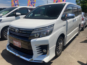 トヨタ ヴォクシー ハイブリッドZS 煌II Wエアコン ETC 盗難防止システム ABS 横滑り防止装置