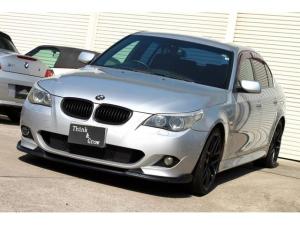 BMW 5シリーズ 525i Mスポーツパッケージ 19インチホイール ETC テレビ ブラックキドニーグリル リップスポイラー HIDライト プッシュスタート