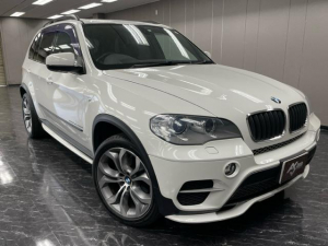 BMW X5 xDrive 35dブルーパフォーマンス 4WD ダイナミックスポーツPKG 黒本革シート 禁煙車 パノラマルーフ HUD パワーバックドア 純正20インチ HDDナビ Bカメラ TV クルーズコントロール 前後シートヒーター付 点検記録簿