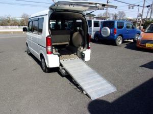 スズキ エブリイワゴン スローパー 車いす移動車 4WD 電動ウインチ