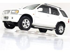 いすゞ ウィザード タイプX 4WD 5速MT ディーゼルターボ 新品タイベル済
