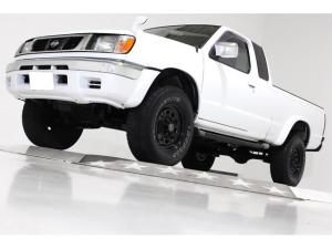 日産 ダットサンピックアップ キングキャブAX 4WD リフトUP US仕様 CD ETC