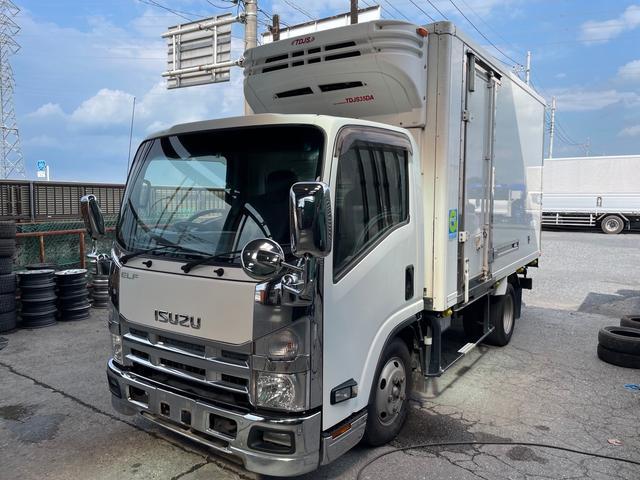最大積載量3000kg ラッシングレール2段 冷凍冷蔵 最大積載量3000kg ラッシングレール2段