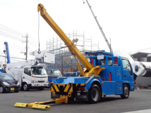 日産 アトラストラック  レッカー車 センチュリー 411モデル アンダーリフト クレーン 吊り上げ能力1390kg