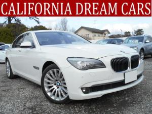 BMW 7シリーズ 750i V8ツインターボ ガラスサンルーフ シートヒーター付き電動調整レザーシート シートエアコン フルセグTV センサー付きバックカメラ ドライブレコーダー ETC