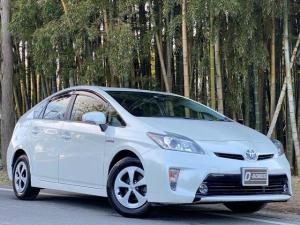 トヨタ プリウス S HDDナビ・地デジ・Bluetoothオーディオ・禁煙車・車検R5年1月まで