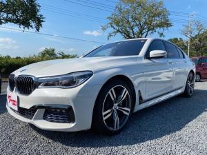 BMW 7シリーズ 740i Mスポーツ アダプティブLEDライト アラウンドビューディスプレイキー 記録簿 パーキングアシスト ヘッドアップディスプレイ ETC サンルーフ BLUETOOTH