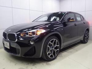 BMW X2 sDrive 18i MスポーツX アドバンスドセイフティパッケージ コンフォートパッケージ アクティブクルーズコントロール ヘッドアップディスプレイ シートヒーター 正規認定中古車