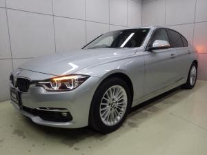 BMW 3シリーズ 320iラグジュアリー ブラックレザー・シートヒーター・ウッドトリム・HDDナビ・Bluetoothオーディオ・ETC・17インチアロイホイール