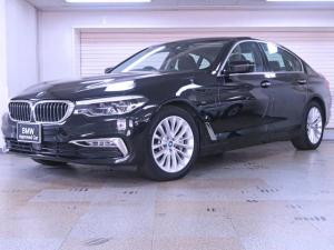 BMW 5シリーズ 530eラグジュアリー アイパフォーマンス 黒革 PHEV