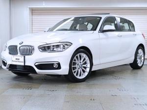 BMW 1シリーズ 118d ファッショニスタ 白革 コンフォートP パーキングサポートP 電動ガラスサンルーフ 17AW