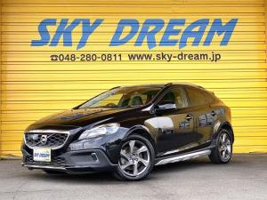 ボルボ V40 T5 Rデザイン セーフティパッケージ 黒レザーシート パワーシート シートヒーター キセノンライト スマートキー ナビ 地デジ アイドリングストップ アダプティブクルーズコントロール CITYSAFETY 17AW