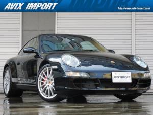 ポルシェ 911 911カレラS 左H 正規D車 スポーツクロノPKG ベージュ革 シートヒーター ライトウッドインテリアPKG 社外HDDナビ地デジ PASM シルバーメーターパネル 赤キャリパー 純正19インチAW
