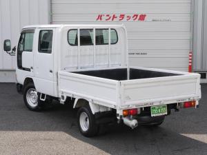 日産 アトラストラック Wキャブトラック1.25トン平ボディ6人乗普通MT免許三方開