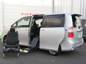 トヨタ ノア 単体使用可脱着式車いす固定装置減免対応福祉車7人ナビBカメラ