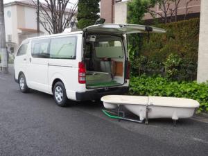 トヨタ ハイエースバン 福祉車両 入浴車 デベロ製 分割湯舟