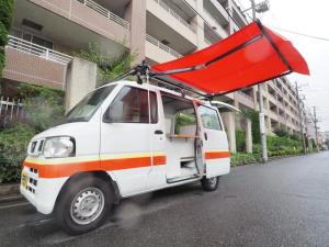 日産 NV100クリッパーバン  移動販売車 キッチンカー ケータリングカー サイドオーニング付き シンク2個付き 水ポンプ付き 蛇口センサー式 集中ドアロック