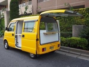 スズキ エブリイ  移動販売車 キッチンカー ケータリング車 シンク2個付き 水ポンプ2個付き カウンター2セット付き