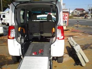 ダイハツ タント L スローパー 車いす1台積載 電動固定