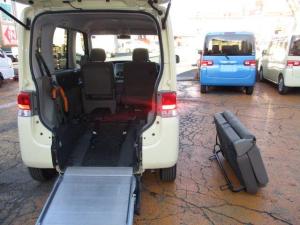 ダイハツ タント L スローパー 車イス1台電動固定 4人乗り リアシート取り外し可能