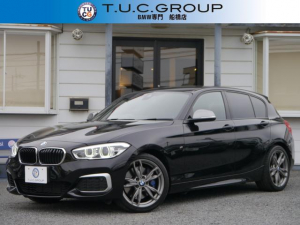 BMW 1シリーズ M140i 340馬力直6ツインパワーターボ ヒーター黒革 LEDヘッドライト Pアシスト 衝突軽減 車線逸脱警告 歩行者警告 タッチパネルNEWナビ アダプティブMサス パドルシフト ETC2.0 2年保証