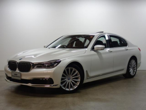 BMW BMW 740i SR レーザーライト ACC CarbonCORE
