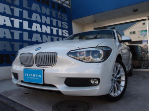 BMW 1シリーズ 116i ファッショニスタ 1オーナー ベージュ革 電動シート ドライブアシスト ミネラルホワイト 純正ナビ バックカメラ バックセンサー Bluetooth ミラーETC シートヒーター 純正AW