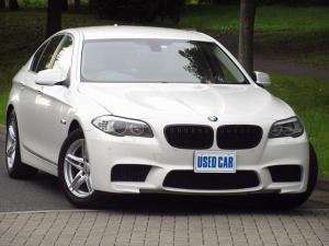 BMW 5シリーズ 523i ハイラインパッケージ 後期2.0リッターターボエンジン 禁煙車 ベージュレザー ナビ フルセグTV バックカメラ クルーズコントロール スマートキー プッシュスタート シートヒーター アイドリングストップ 取説 記録簿