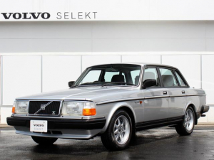 iボルボ ボルボ 240 GL  By VOLVO KLASSISK GARAGE