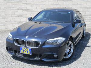 BMW 5シリーズ 523i Mスポーツパッケージ 黒革シート サンルーフ