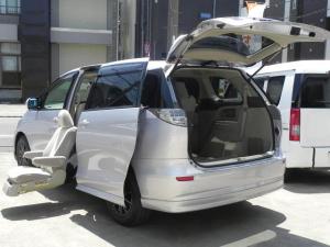 トヨタ エスティマハイブリッド X 福祉車両セカンドリフトUPシート両パワーナビTVETC