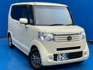 ホンダ N-BOX G・Lパッケージ フリップダウンモニター 社外新品アルミ 新品国産タイヤ メモリーナビ フルセグTV ETC