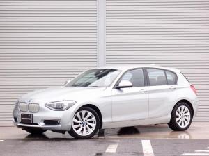 BMW 1シリーズ 120i 純正HDDナビ ハーフレザーシート 純正ミラーETC バックカメラ Bluetooth スマートキー×2 プッシュスタート 各取説 整備記録簿 パワーシート LEDウインカードアミラー コーナーソナー