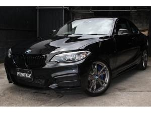 BMW 2シリーズ M235iクーペ M235iクーペ(4名)ブラックグリル カーボンミラーカバー トランクスポイラードラレコ レーダー探知機 バックカメラ ETC インテリジェントセイフティ レーンディパーチャーウォーニング DVD
