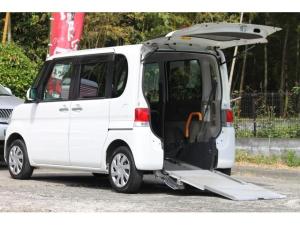 ダイハツ タント スローパー 車椅子 リアシート付4人乗り ナビTV カメラ
