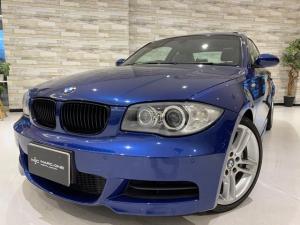 BMW 1シリーズ 135i Mスポーツ/6速MT/1オーナー/禁煙/サンルーフ/白革シート/電動シート/シートヒーター/前後障害物センサー/純正HDDナビ/純正18インチアルミ/キーレス・スペア有/HIDオートライト/ETC