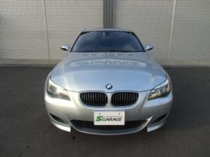 BMW M5 M5 右H 1オナ 純正ナビ ETC SR 社外TV グレー革 Aコーナーリングライト F&Rシートヒーター トランクスルー PDC クライメートガラス ローラーブラインド ヘッドアップディスプレイ