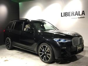 BMW X7 xDrive 35d Mスポーツ BMWindividualメリノレザー/ハーマンカードン/純正22インチアルミ/2列目コンフォートシート/360度カメラ/スカイラウンジパノラマガラスサンルーフ/5ゾーンAAC/エアサス/HUD