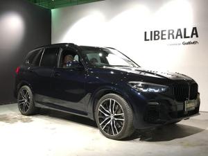 BMW X5 xDrive 35d Mスポーツ ドライビングダイナミクスPKG/茶革シート/エアサス/トップビューカメラ/プラスPKG/4ゾーンオートマチックエアコン/保冷・保温機能付きカップホルダー/ソフトクローズ