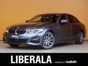 BMW 3シリーズ 320i Mスポーツ ACC 衝突軽減B LDW LCW 黒半革 純正ナビ Bカメラ パークDC ヘッドアップD ジェスチャーコントロール フットトランク パワーシート/ヒーター/メモリ 純正18AW パドルシフト ETC