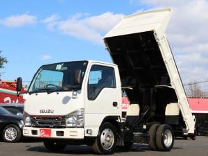 いすゞ エルフトラック 強化フルフラットローダンプ 2トン積 全低床強化ダンプ 三方開 坂道発進補助装置 キーレス 5速MT3ペダル コボレーン ETC 中間ピン2個 ASR メッキグリル