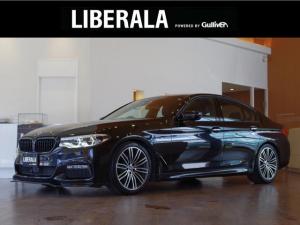 BMW 5シリーズ 523d Mスポーツ ACC HUD インテリジェントセーフティ パーキングアシスト 純HDDナビ 360°カメラ 純正19AW オートトランク LEDライト ドライビングモード パドルシフト 社外インテリアスイッチカバー