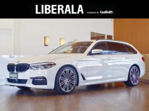 BMW 5シリーズ 523dツーリング Mスポーツ セレクトPKG パノラマルーフ harman/kardon 4ゾーンオートエアコン ACC HUD 電動テール 純19AW メーターパネルコーディングアルピナ仕様 LEDヘッドライト ブラックキドニー