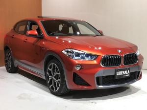 BMW X2 xDrive 20i MスポーツX アドバンスドアクティブセーフティPKG セレクトPKG ACC ヘッドアップディスプレイ 電動パノラマサンルーフ HiFiスピーカー 電動リアゲート バックカメラ PDC ETC